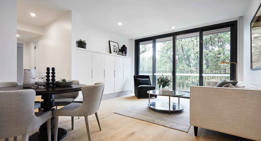 Retirement living at Pavilions Blackburn lake - livingroom